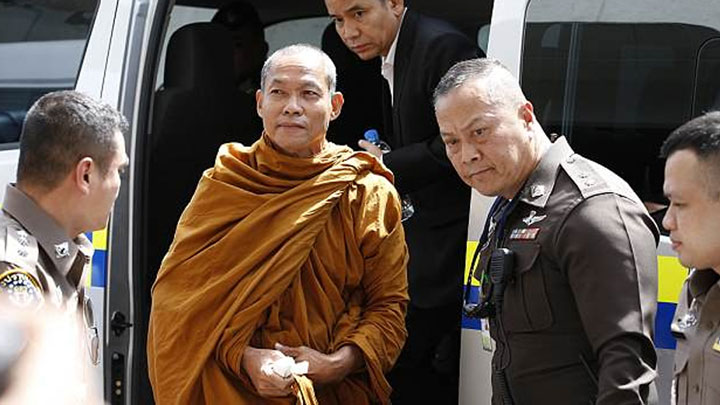 Buddhist monks arrested during police raids on Thailands temples jpg